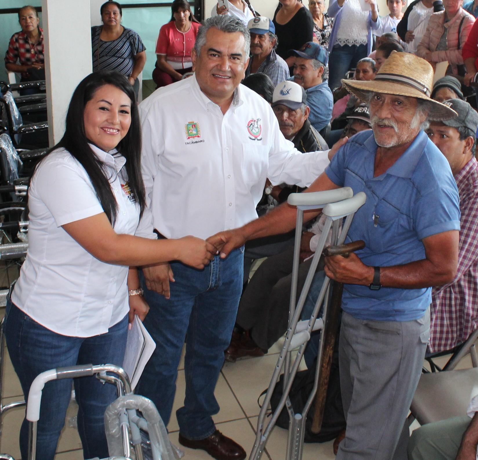 DIF Municipal de Tacámbaro mejora calidad de vida de  los sectores vulnerables.