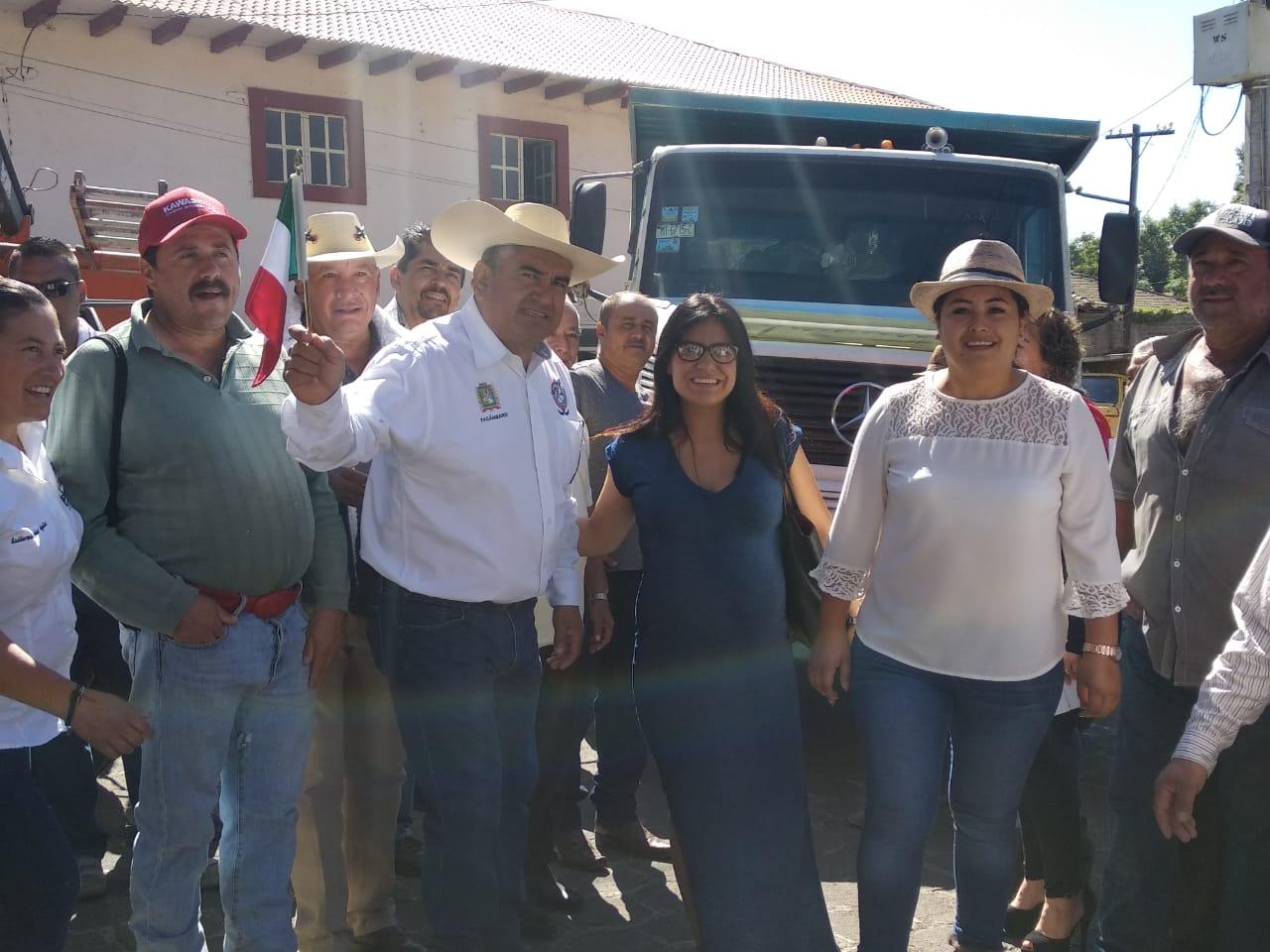 """EDIL SALVADOR BARRERA MEDRANO ARRANCA CON EL PROGRAMA """"LA PRESIDENCIA EN TU TENENCIA"""" EN SAN JUAN DE VIÑA."""