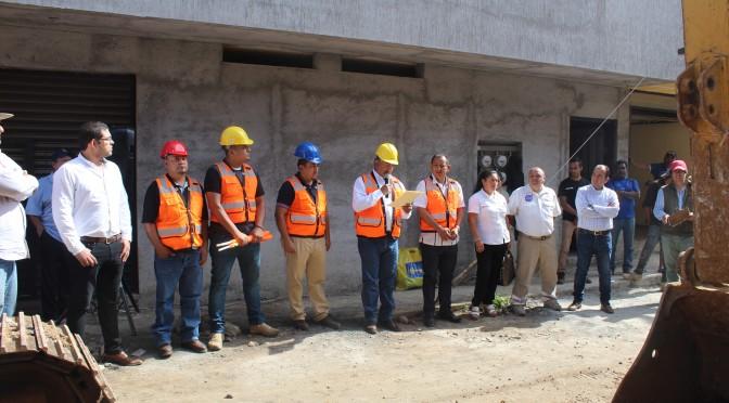 Resultado de la gestión de Chava Barrera, SCOP inicia tres obras importantes en el municipio de Tacámbaro