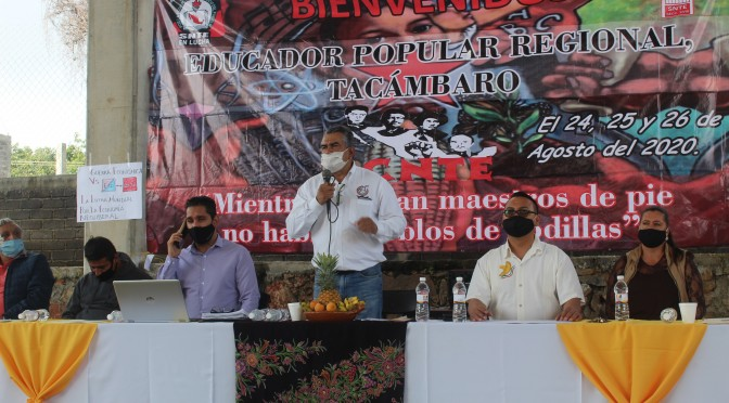 """<h2><span style=""""color: #ffcc00;""""> Chava Barrera reitera su compromiso con la educación.</span></h2>"""