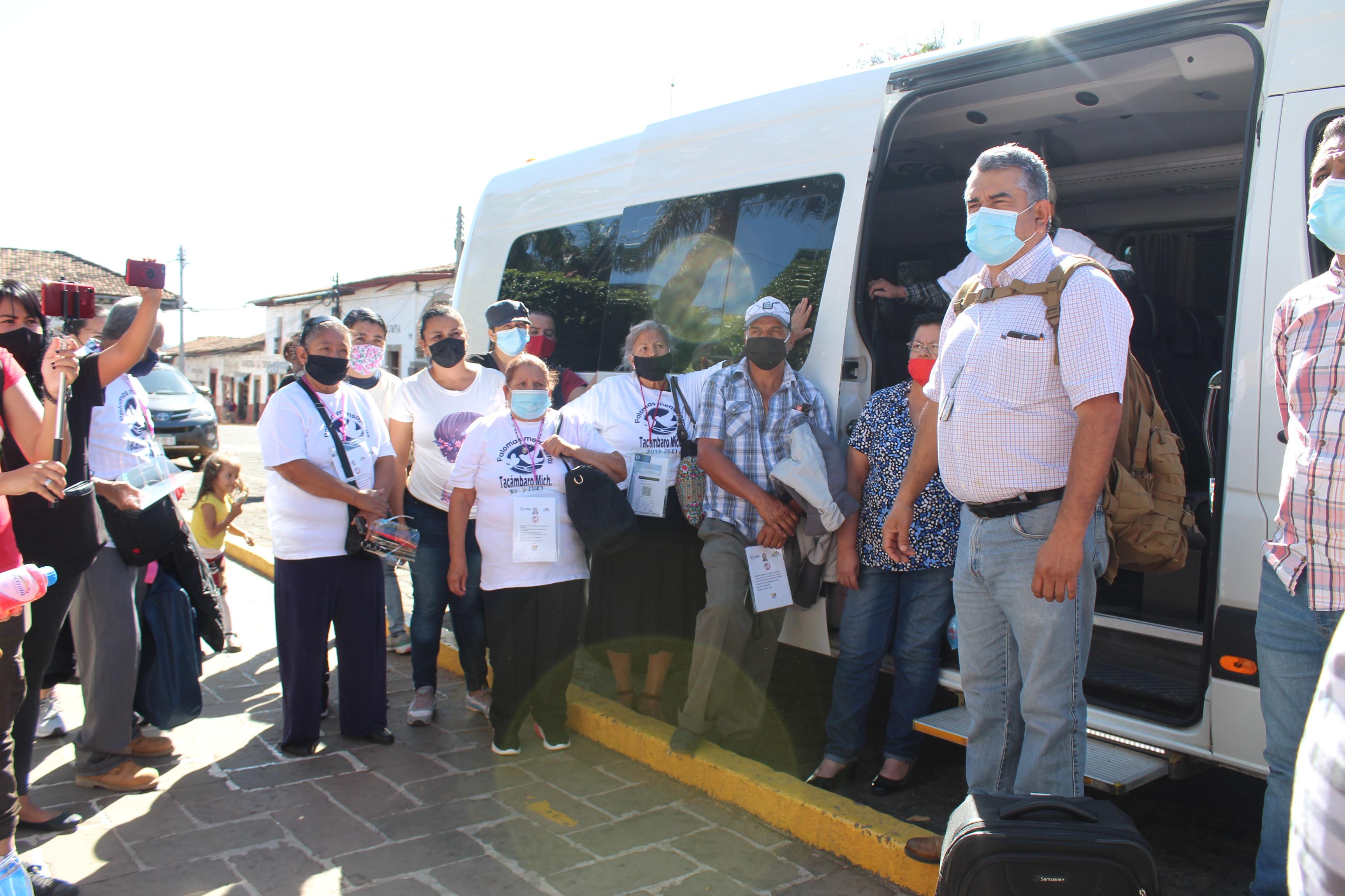 """<h2><span style=""""color: #ffcc00;"""">Chava Barrera viaja con las Palomas Mensajeras al reencuentro con sus familiares migrantes.</span></h2>"""