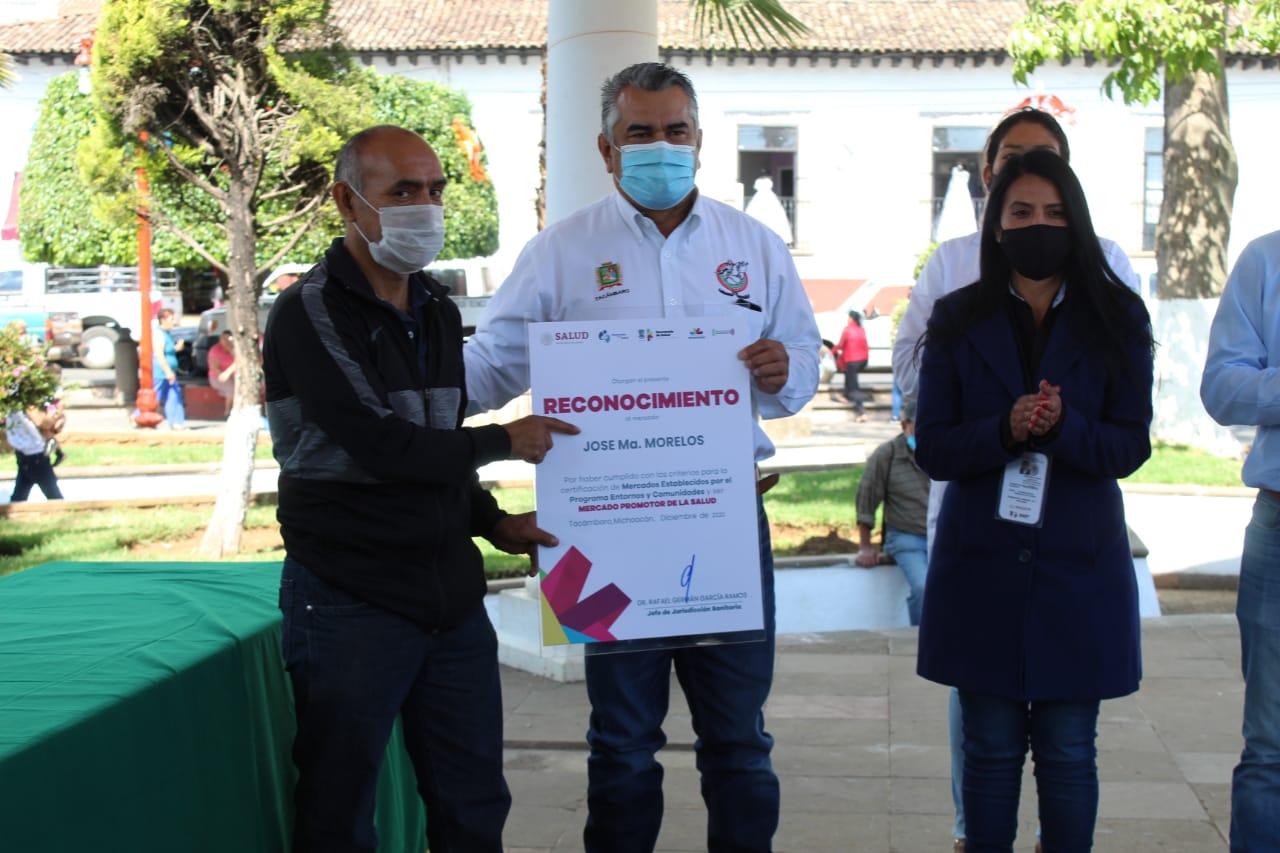 """<h2><span style=""""color: #ffcc00;""""> Mercado Morelos obtiene certificación  """"Promotor de la Salud"""".</span></h2>"""