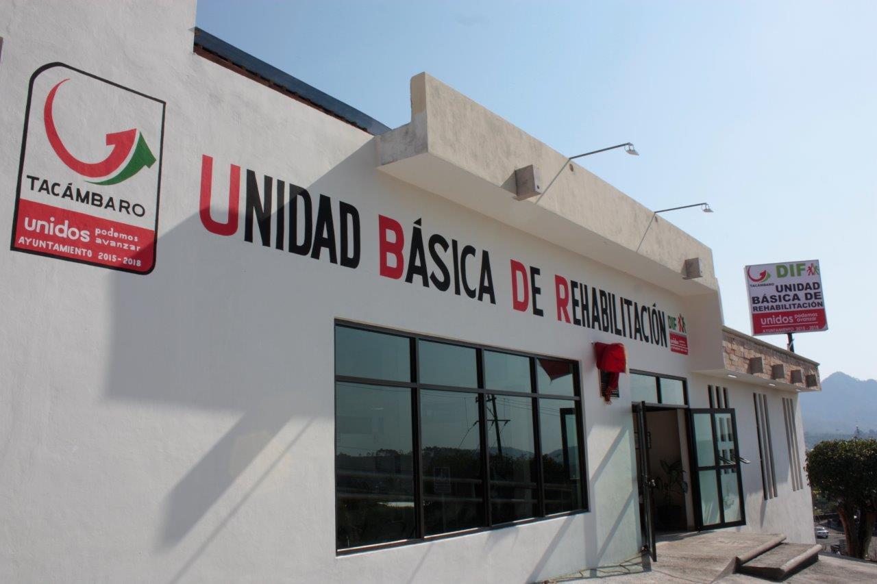 SE CUMPLE A TACAMBARENSES CON UNIDAD BÁSICA DE REHABILITACIÓN DIGNA